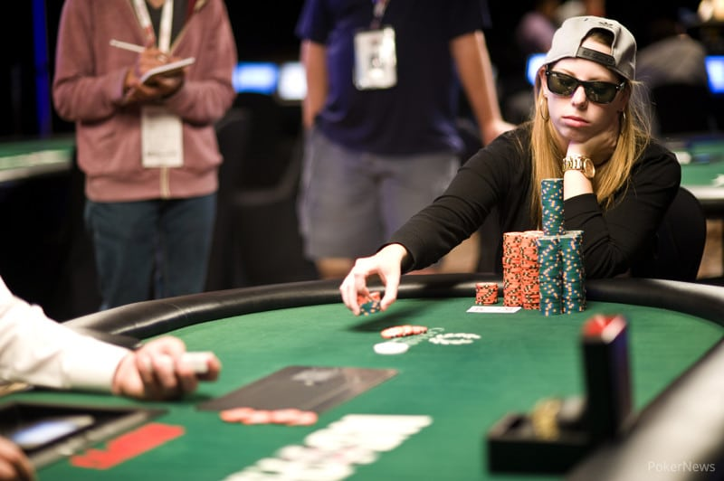 Top 5 stunning female poker players in India